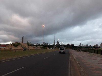 Alerta de tormentas y fuertes vientos para 11 departamentos