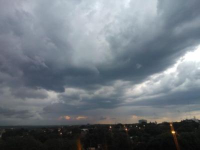 Alerta por tormentas para 7 departamentos