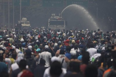 """Enviado de Guaidó en EE.UU. dice que no hay un """"golpe de Estado"""" en Venezuela"""