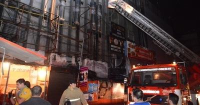Shopping Hijazi fue clausurado por falta de seguridad