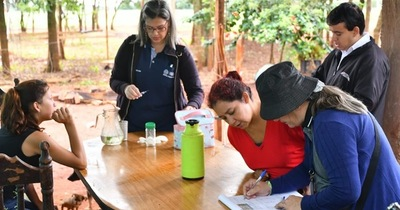 Dengue: Realizan búsqueda de criaderos y toma de muestras de sangre