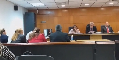Condenan a 11 años de prisión a mujeres por estafa a Maris Llorens