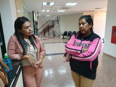 Posponen juicio oral de mujer acusada por secuestro de Arlan Fick