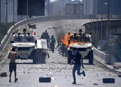 Rusia frena alzamiento de Guaidó y mantiene a Maduro en el poder