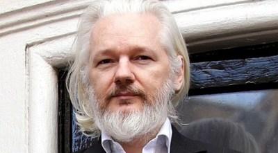 Assange fue condenado a 50 meses de semana de cárcel