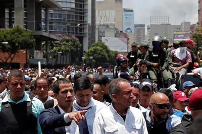"""Guaidó convoca a venezolanos a la """"marcha más grande de la historia"""""""