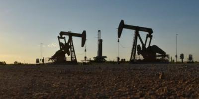 Producción de crudo de EE.UU. cae por primera vez en 9 meses