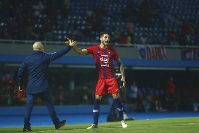Joaquín Larrivey habla tras el empate entre Cerro y San Lorenzo