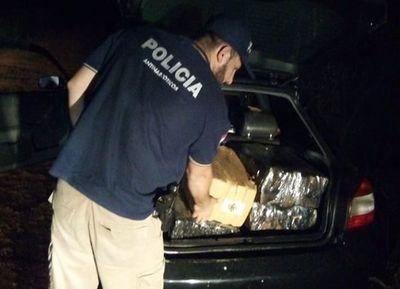 Incautaron vehículo con supuesta droga