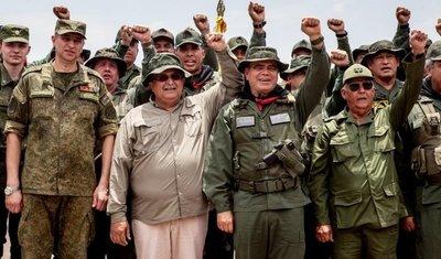 Injerencia militar y política de Rusia y Cuba se solidifica en Venezuela