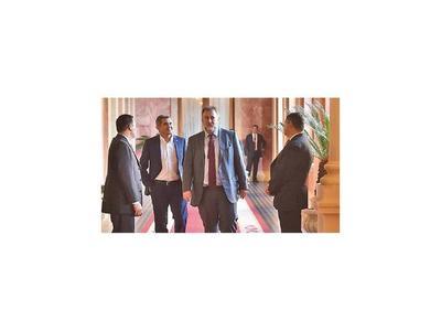 Reunión decisiva entre empresarios y el Fisco con varios puntos pendientes