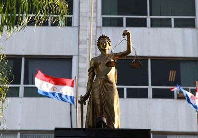 Nómina de abogados que se encuentran activos en la Policía Nacional y en las Fuerzas Militares