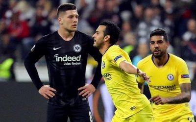 Pedro acerca al Chelsea a la final