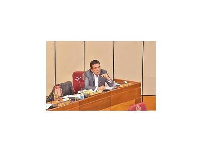 Cuevas debería estar preso y no en Diputados, dice senador