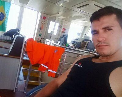 Desesperada búsqueda de un marinero paraguayo en Argentina