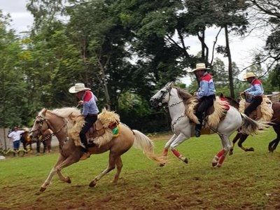 Dos grupos pelean por organizar los festejos patronales en Curuguaty