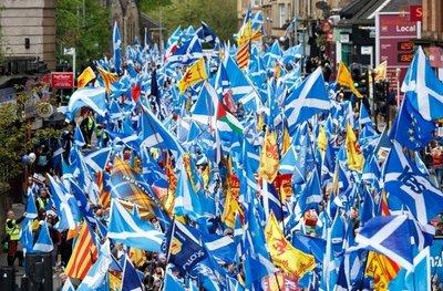Demandan en Escocia un nuevo referéndum de independencia