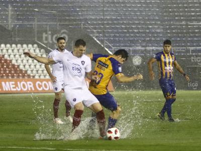 Suspendido el juego entre Sportivo Luqueño y Cerro Porteño