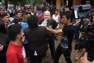 """""""Kelembú"""" arrojó agua a Payo, en Ciudad del Este"""