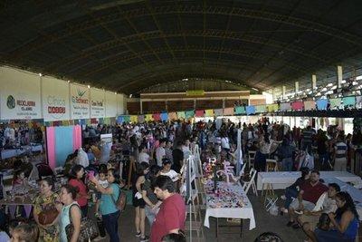 Exitosa feria de emprendedores en Ypacaraí