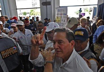 Alta participación de votantes en inicio de presidenciales en Panamá