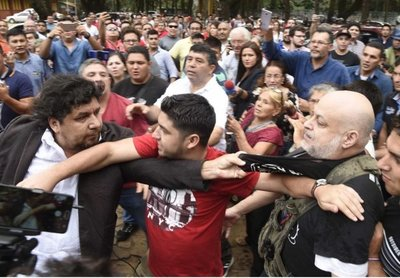 Elecciones CDE: incidentes entre Kelembu y Paraguayo Cubas