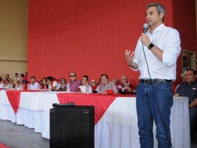 Mario Abdo Benítez felicita a Prieto por victoria electoral en CDE