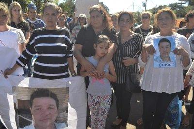 Familiares piden justicia para motociclista atropellado