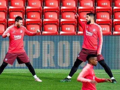 El Barcelona pisa Anfield sin el lesionado Dembelé