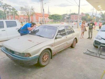 Hallan abandonado vehículo del sospechoso del crimen de Gloria Gamarra