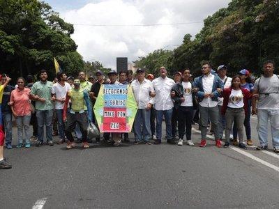Pompeo afirma que Maduro todavía manda, pero que no puede gobernar