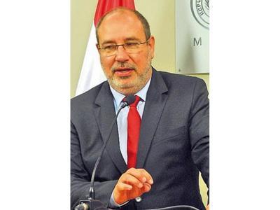 La destitución de McLeod molestó a un sector, dice Zacarías
