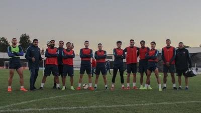 Cerro Porteño busca asegurar el primer lugar de su grupo