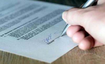 Escribano y una pareja imputados por fraguar documentos de inmueble