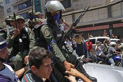 Más de 2.000 detenidos en Venezuela en 2019 por razones políticas, según ONG