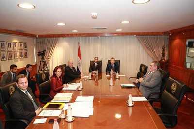 Presidente plantea un trabajo más coordinado entre los poderes del Estado