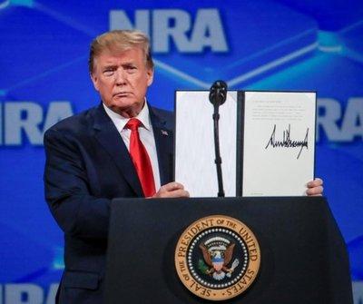 Trump perdió más de US$ 1.000 millones en una década, según informe de prensa