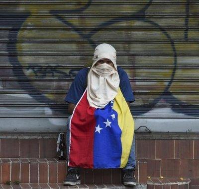 """México considera """"un gran error"""" una intervención militar en Venezuela"""