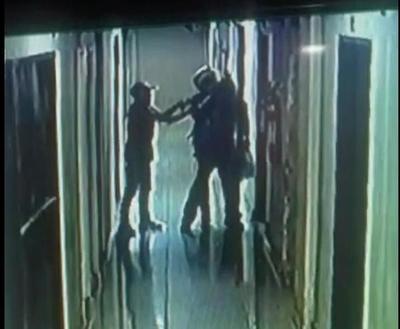 Millonario asalto a cambista dentro de un shoping de CDE