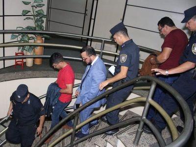 Confirman prisión en Tacumbú de cinco funcionarios del Detave