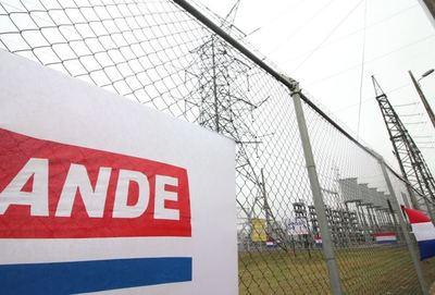 Subsidio de tarifa eléctrica sería inviable sin contar con fondos binacionales, sostiene presidente