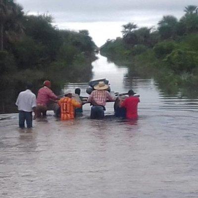 Penurias de pobladores aislados en Carmelo Peralta