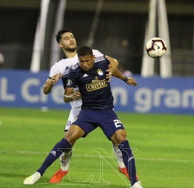 Sporting Cristal sorprendió y rompió invicto de Olimpia