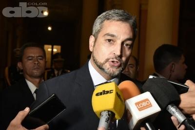 Abdo retira proyecto de consejeros públicos