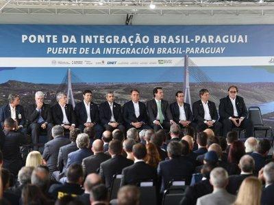 Mario Abdo y Bolsonaro inician obras del segundo puente