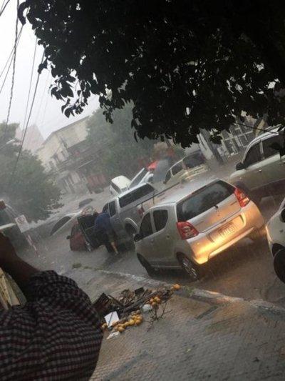 Extienden alerta por tormentas a ocho departamentos
