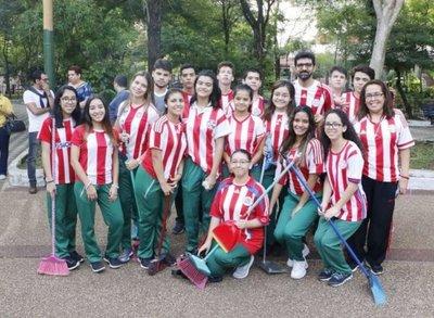 Minga ambiental de jóvenes en microcentro