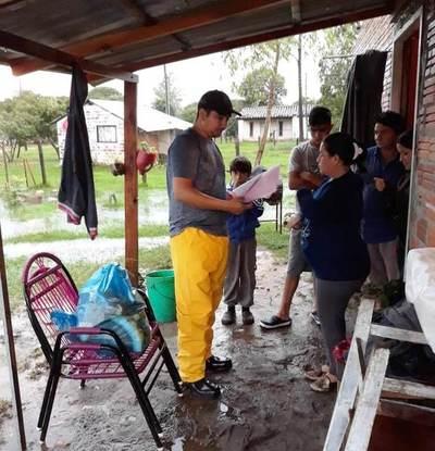 Yacyretá colabora con la asistencia a familias afectadas por lluvias en el sur del país
