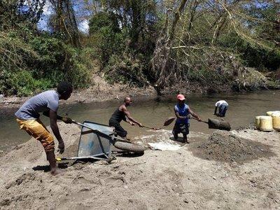 Los ríos de Kenia se quedan sin arena
