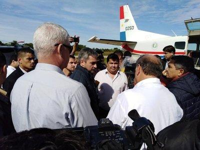 Abdo Benítez verifica asistencia a inundados en Pilar